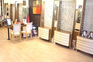 Fashion eyeglasses optical store